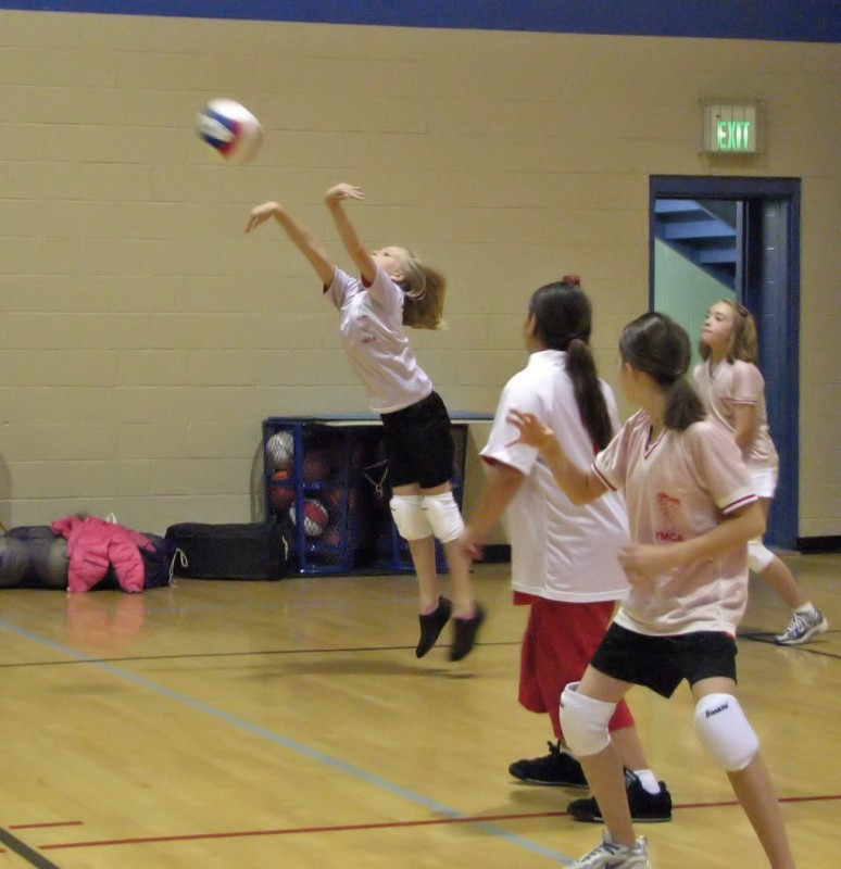 youth girls volleyball