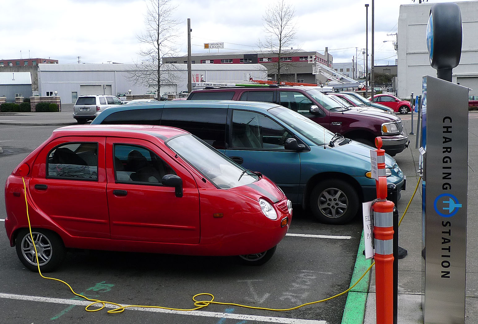 how to find electric car charging stations