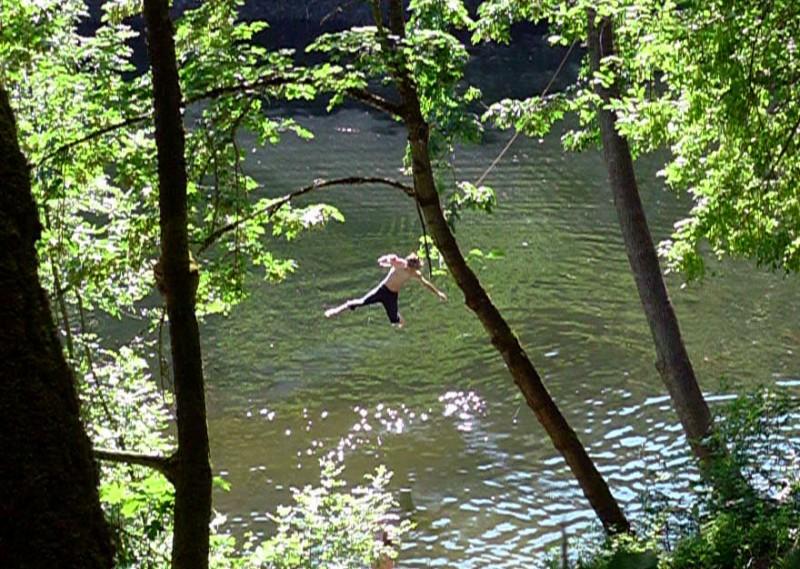 ashland reservoir rope swing