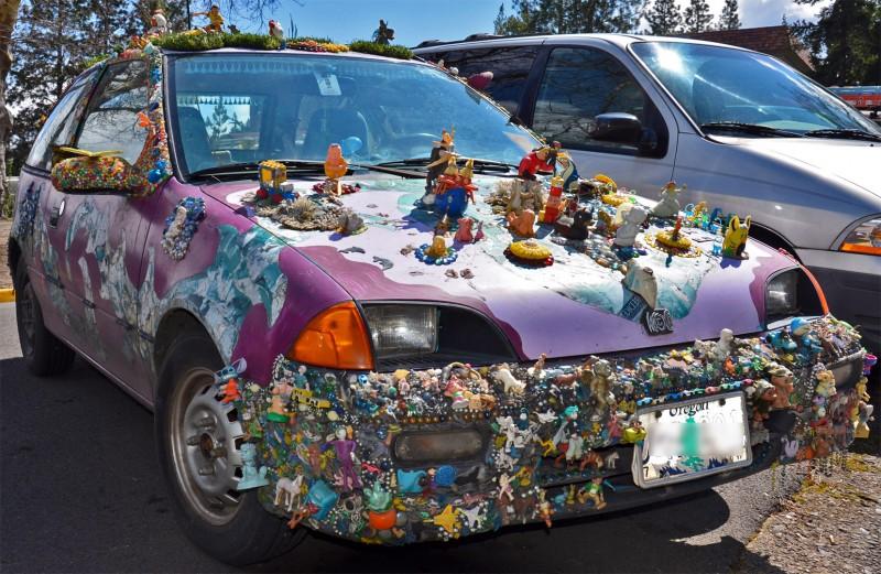 crazy weird ashland oregon car covered in ornaments figurines