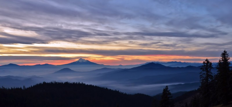 mt shasta sunrise fog ashland california oregon