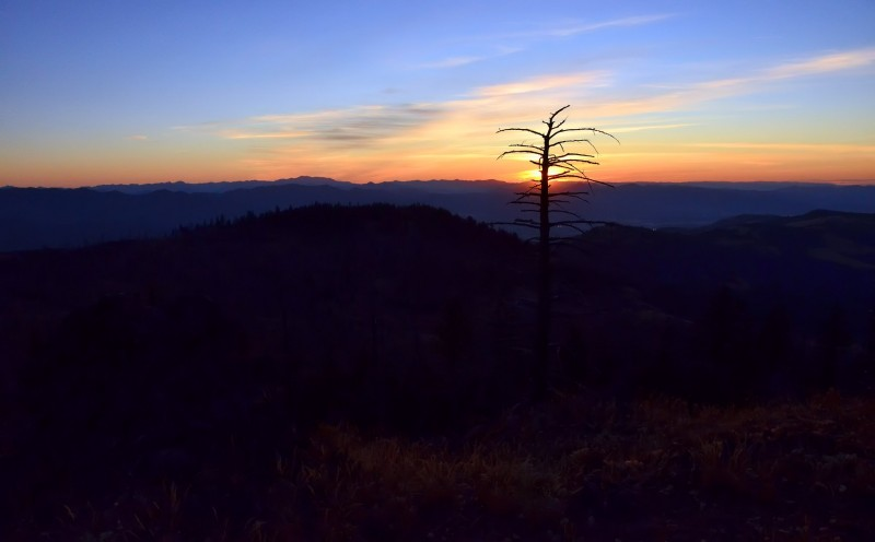 grizzly peak sunset ashland oregon