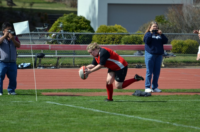 southern oregon university women's rugby plunge to the goal