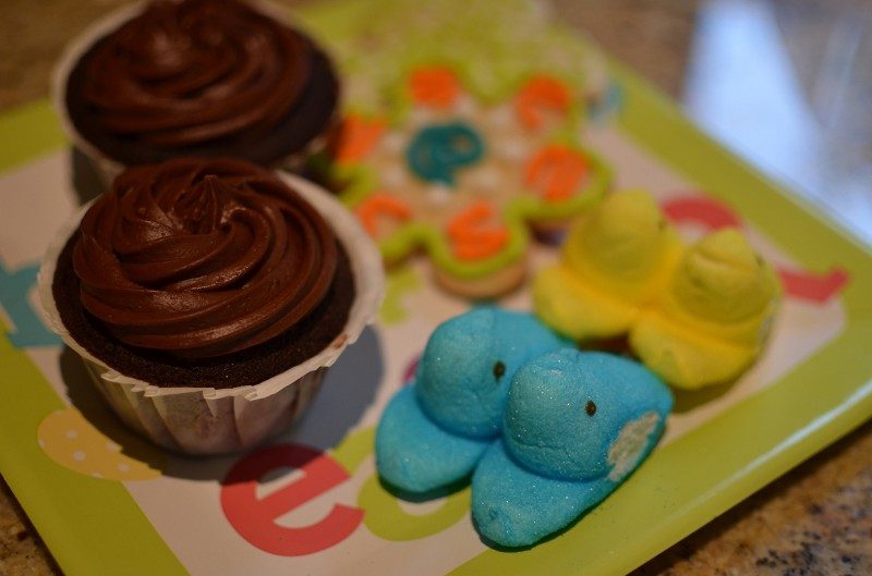 happy easter peeps cupcakes cookies
