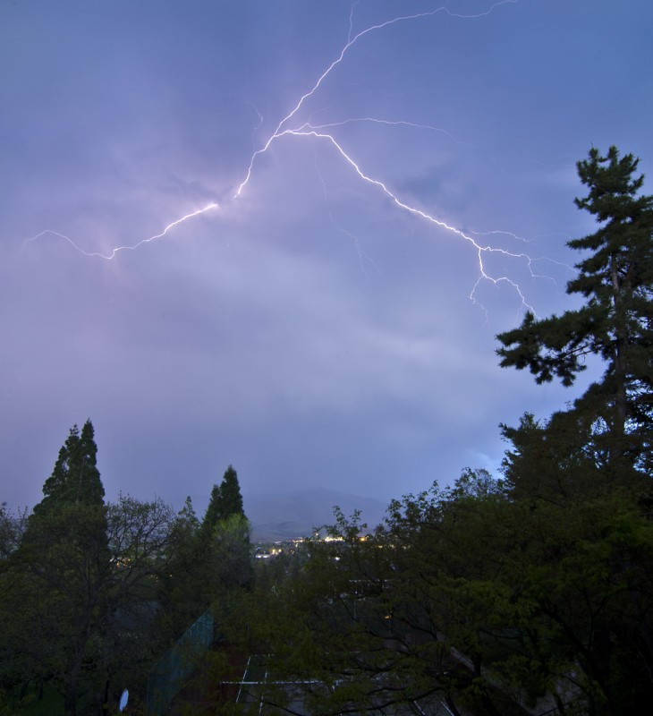 lightning strikes ashland oregon