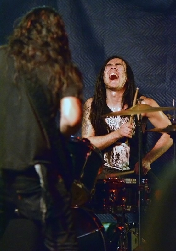 muknal drums the haunting presence