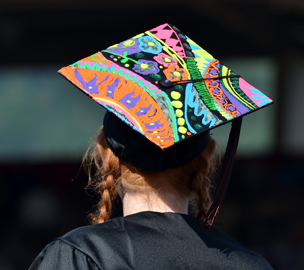 Graduation cap decoration ideas ashland daily photo for Hat hanging ideas