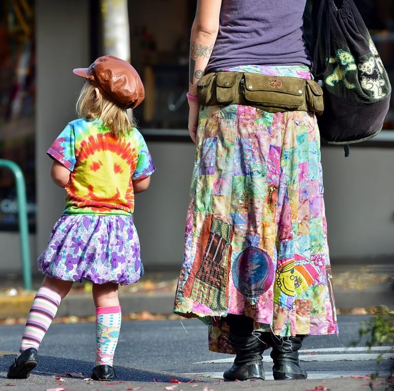 kid hippie mom grateful dead dress tie dyed gay pride parade