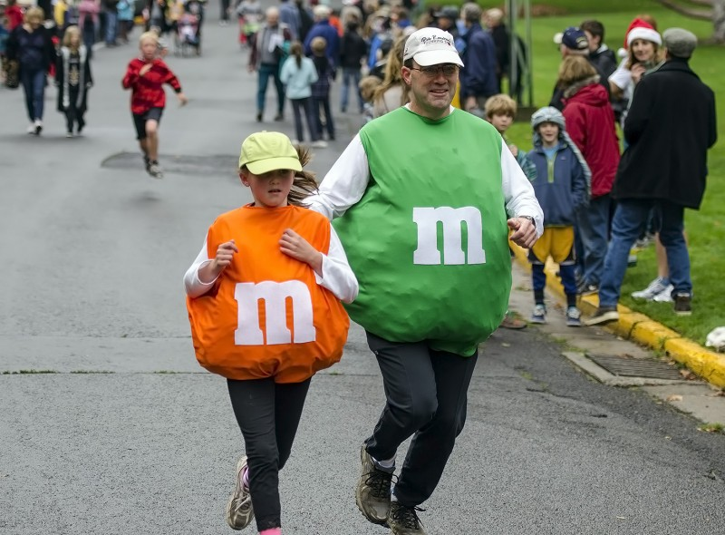 ashland oregon monster dash m&m costume peanut plain fun run halloween