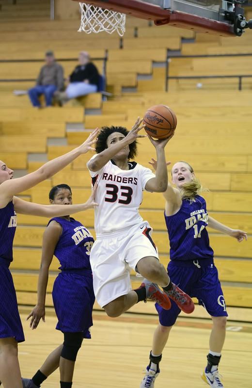 southern oregon university women's basketball melissa sweat 33