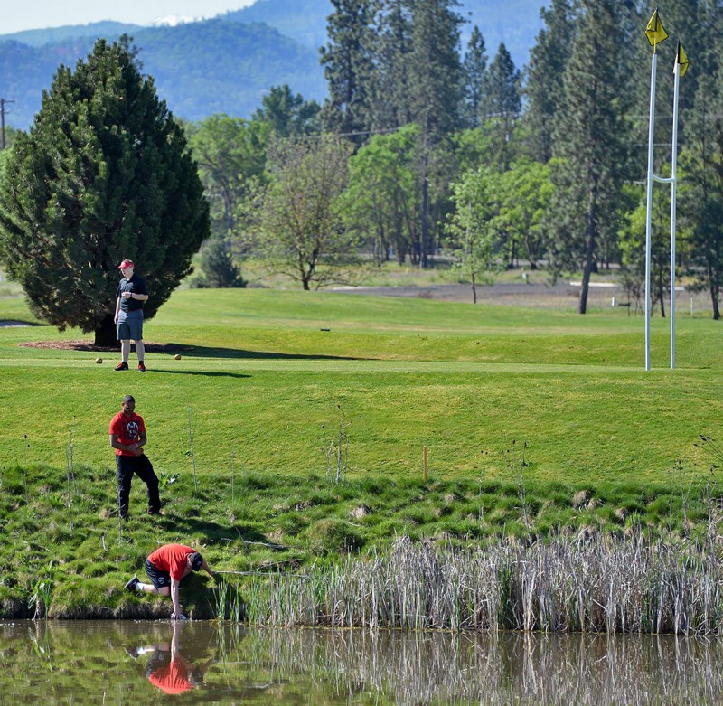 135_4275-Recovered2013 raider red zone golf shootout