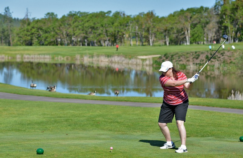135_4307-Recovered2013 raider red zone golf shootout