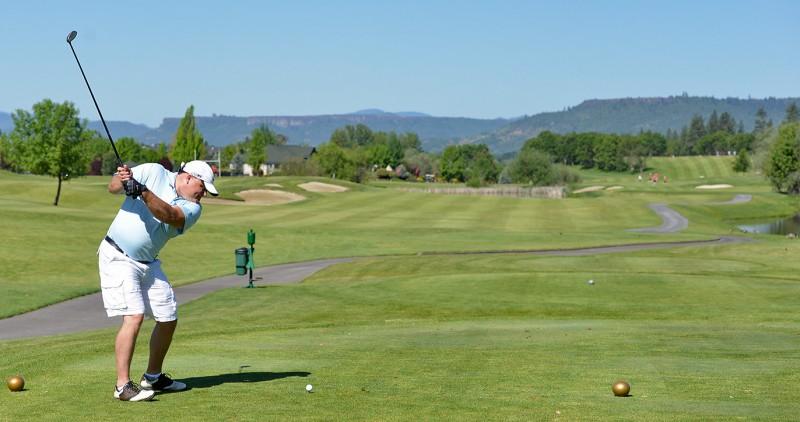 135_43382013 Raider Red Zone Golf Shootout