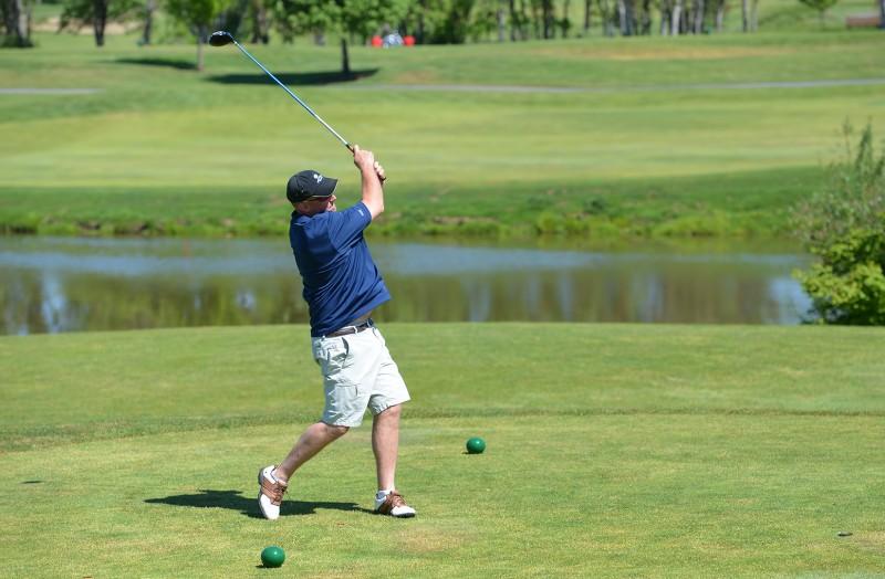 135_44982013 raider red zone golf shootout