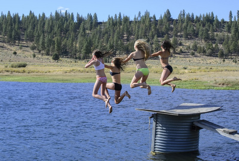 beatty oregon girls swimsuits jumping into lake