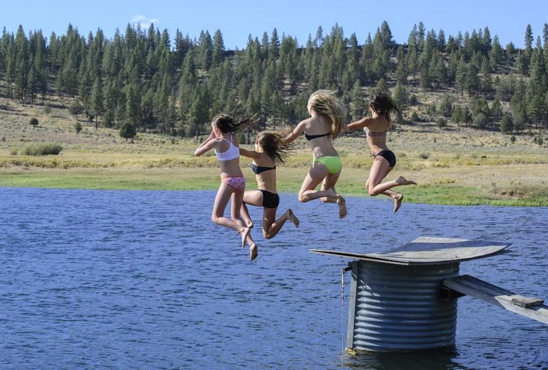 beatty oregon girls swimsuits jumping into lake