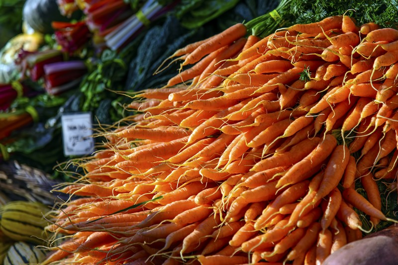 Portland Farmers Market PSU Saturday carrots portland state university