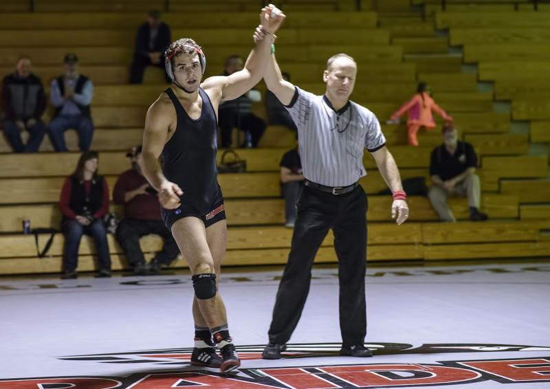 SOU wrestling taylor johnson
