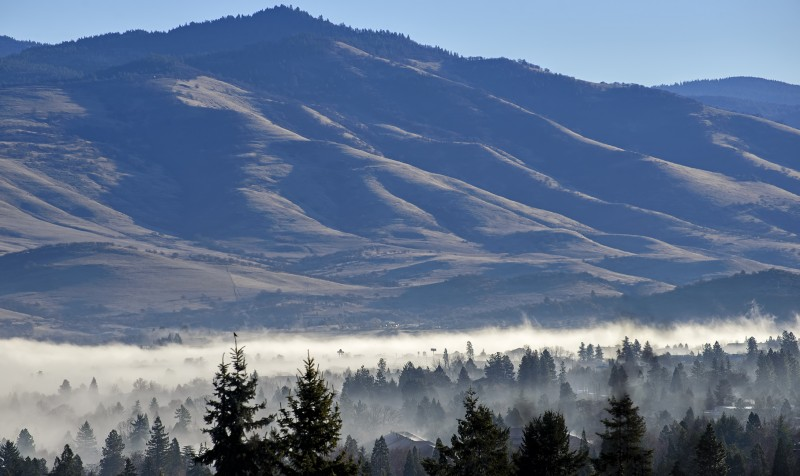ashland fog in the valley below