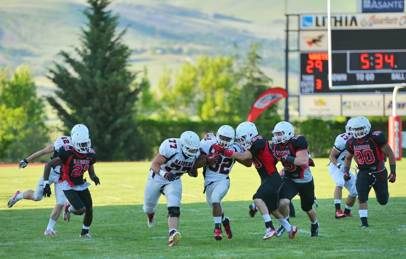 raiders tackling raiders sou football spring game