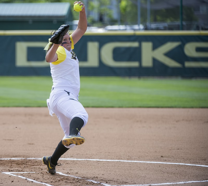 Oregon Ducks Softball Cheridan Hawkins pitcher