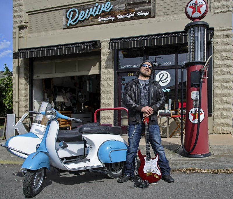 Craig Chaquico horizontal revive ashland vespa side car guitar jefferson starship