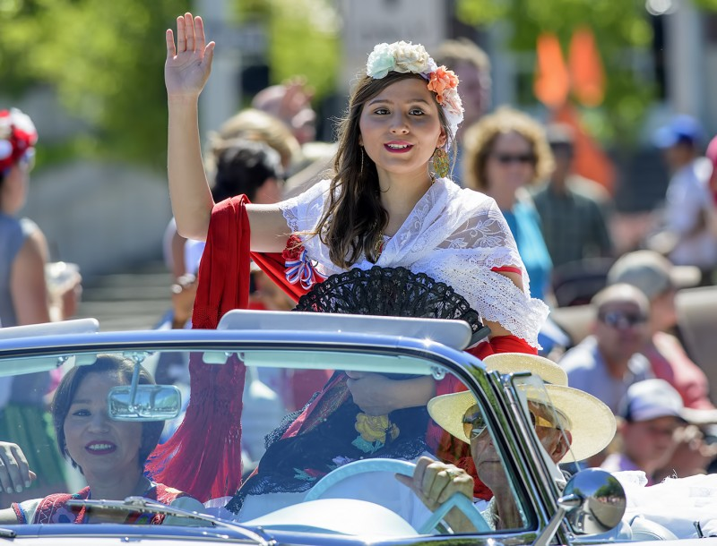 ashland 4th of july parade natalia dominguez queen of guanajuato