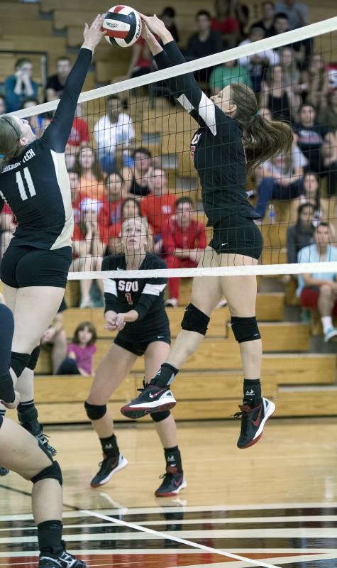 SOU volleyball Nikki Keller