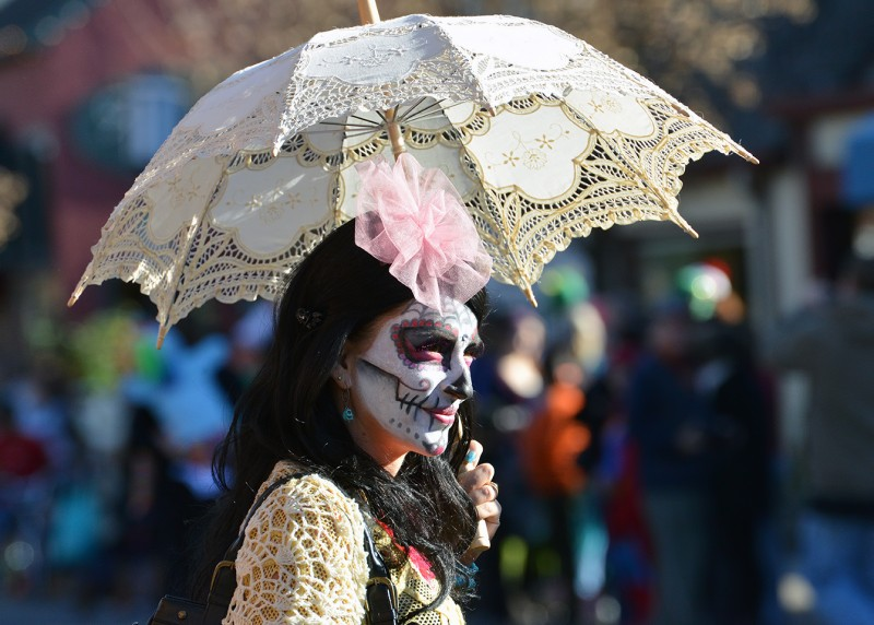 Ashland Halloween Parade parasol beauty skeleton corpse paint day of the dead