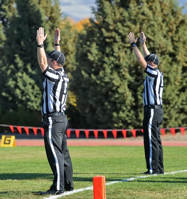 SOU football touchdown signal referees