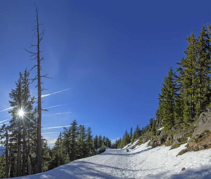 photomerge crater lake snowshoeing on west rim drive