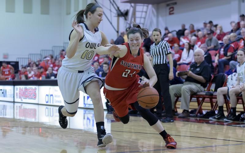 Southern Oregon University basketball Ashley Claussen