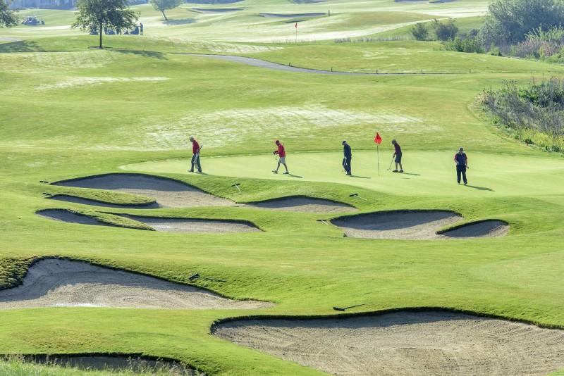 155_7699 RAW SOU raider red zone golf shootout