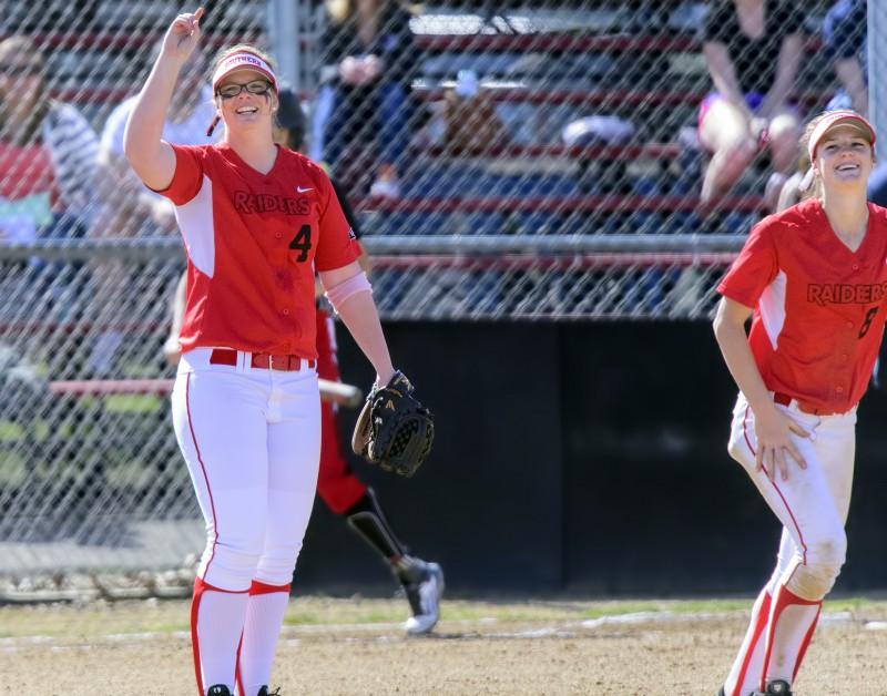 SOU softball Brianne Craig Kelsey Randall