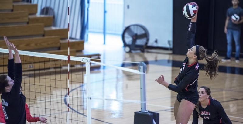 sou volleyball Corynn Kopra