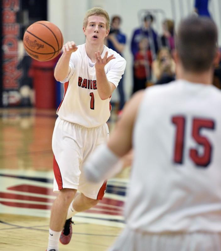 SOU basketball Kenny Meyer