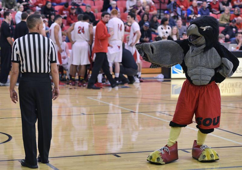 SOU men's basketball rocky