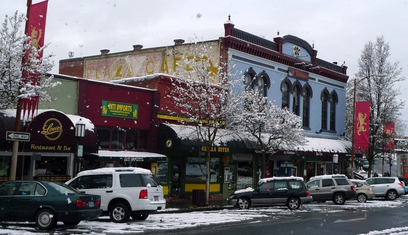 the black sheep ashland oregon plaza snow