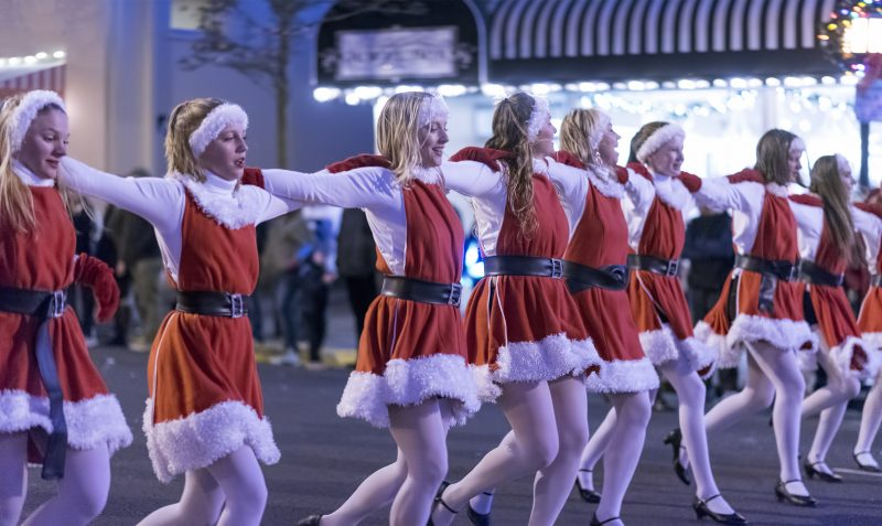 ashland festival of light dancers christmas