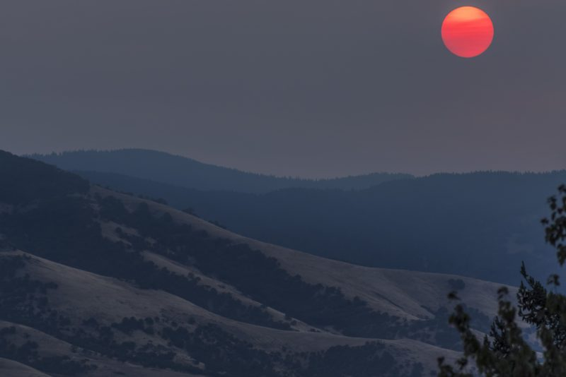 smoky sunrise ashland oregon wildfires blood sun