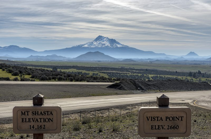 mt shasta vista point