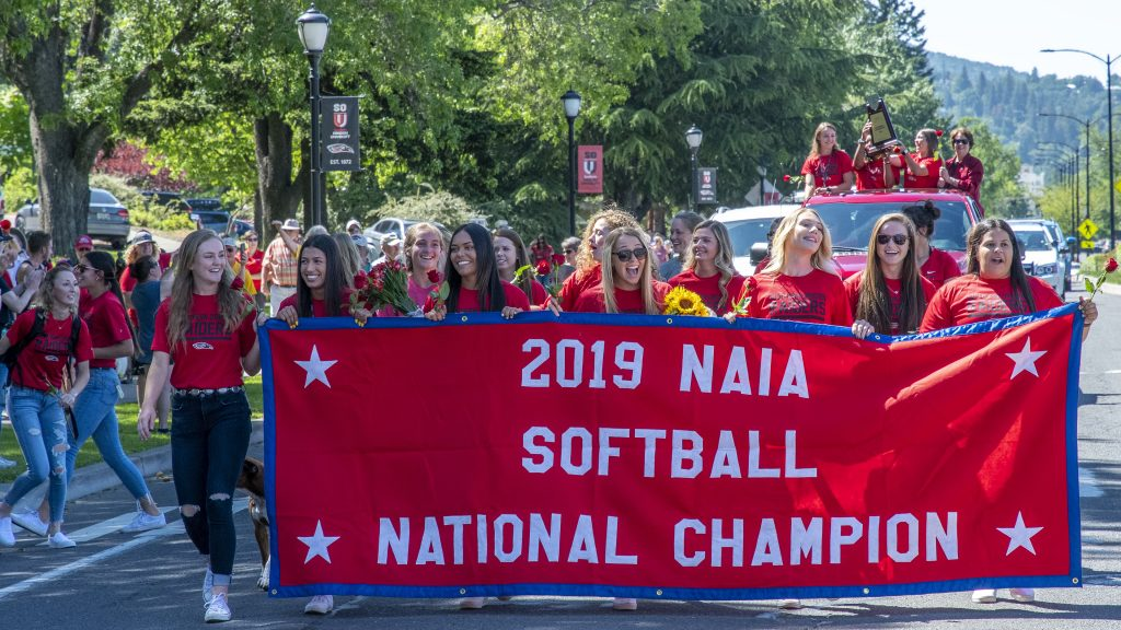 sou softball parade