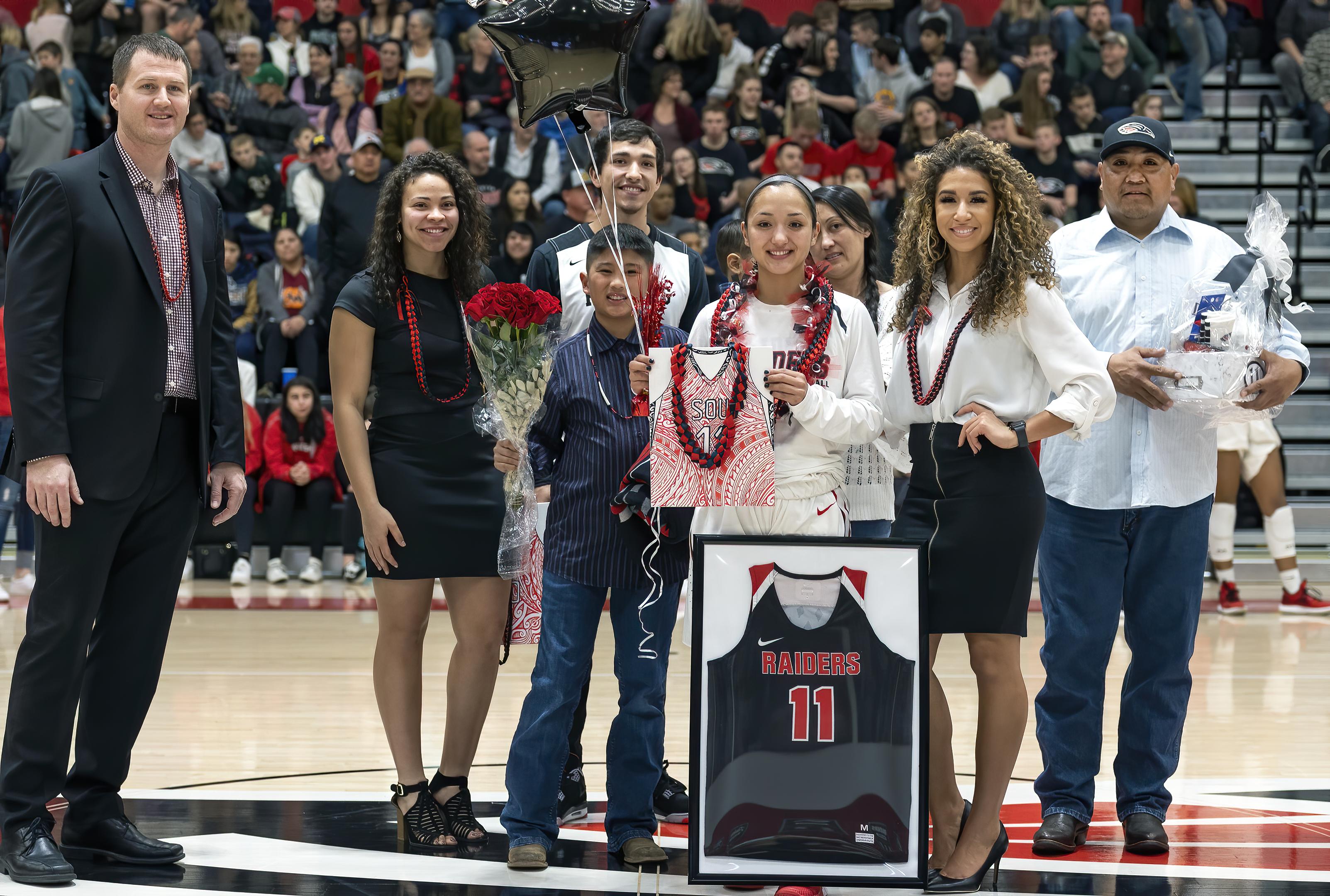 sou womens basketball Daranda Hinkey senior night family- topaz ai denoise
