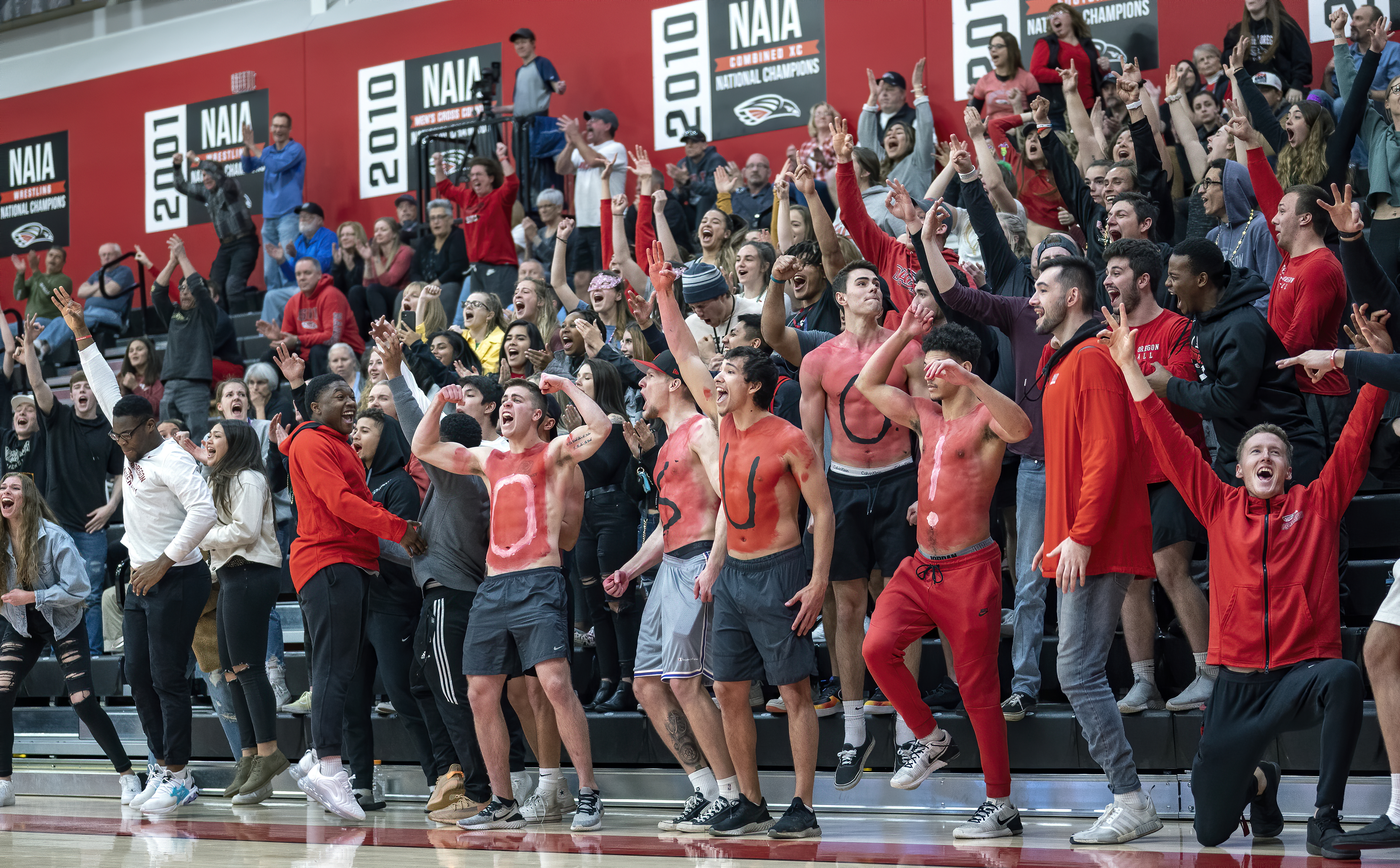 sou womens basketball crowd - topaz ai denoise