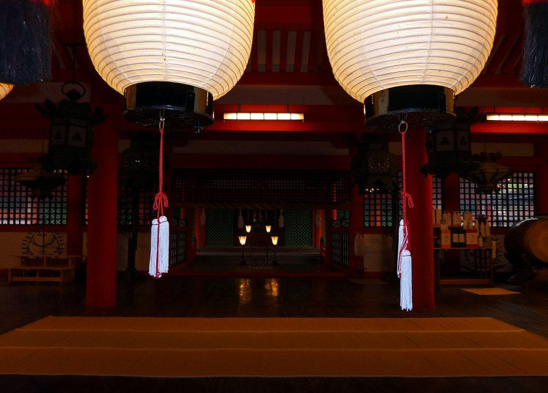 inside interior shinto Itsukushima Shrine 厳島神社 Jinja miyajima japan