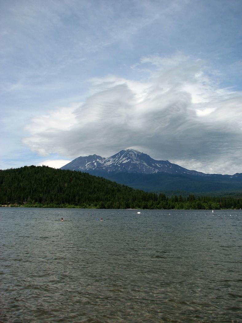 mount shasta from lake siskiyou california