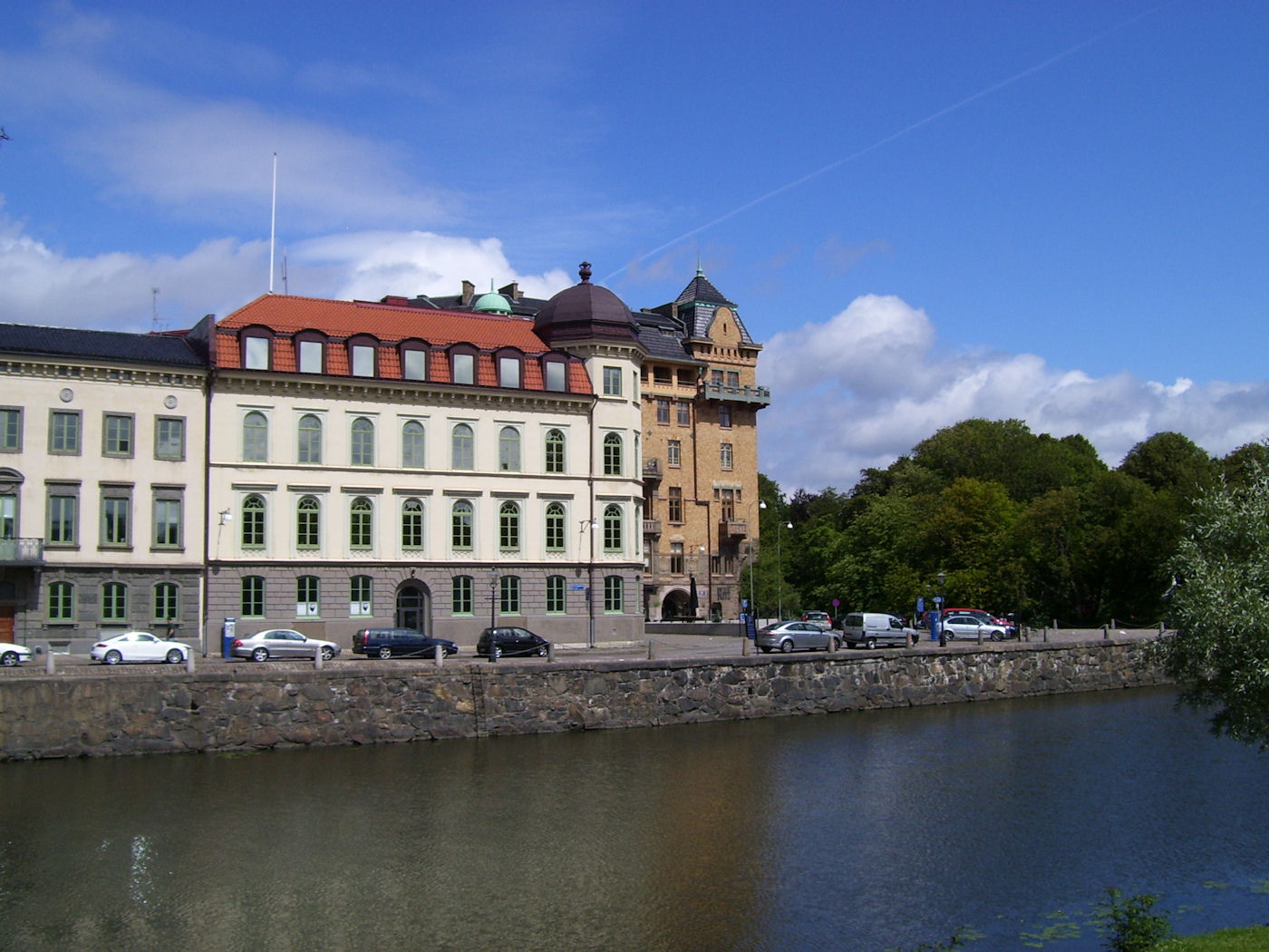 Gothenburg canal and architecture