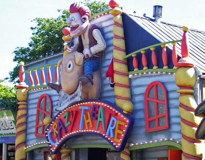 world\'s oldest amusement park