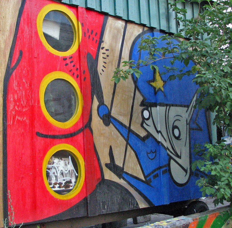 symbol of christiania graffiti three circles