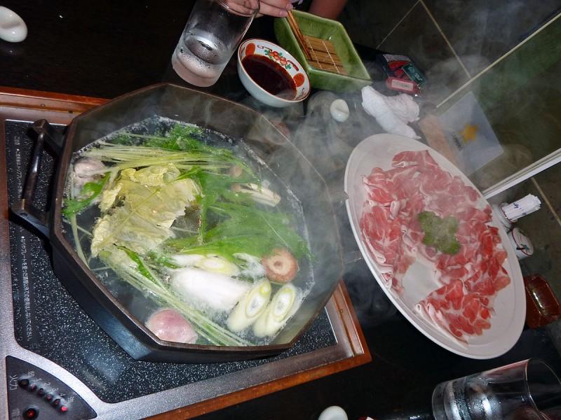 しゃぶしゃぶ shabu shabu waseda takadanobaba tokyo japan